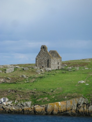 Dalkey Island... ruins of St Begnet's Church