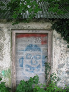 #28 - Smiley at 'my' cottage... yep, note the date on the upper door jam... not the correct year though...