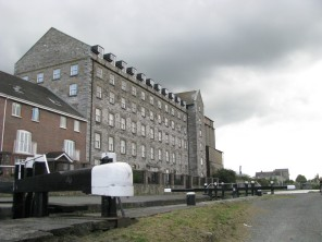 The large warehouse/office building above the 5th Lock... could this be the old Shandon Mill that has been converted into apartments?