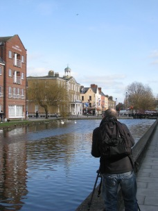 The photographer wants a bit of the canal views as well...