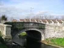 Griffith Bridge... it also carries a 1791 stone...