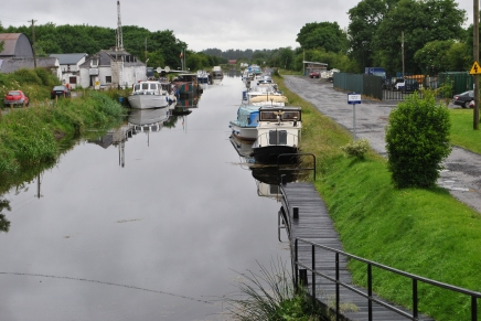 OK... let's get a move on... the boats moored at Lowtown Marina.