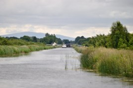 Looking back toward Lock 20... are those the Wicklow Mountains I see? Must be...
