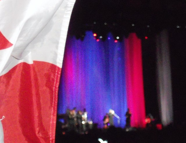 The Maple Leaf at the Leonard Cohen show, Dublin 2012