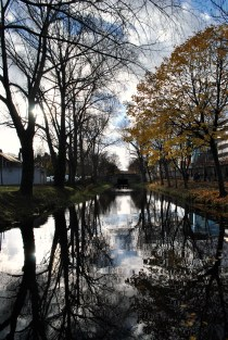 Autumn splendour... the first section of the Grand Canal's Circular Line between the first and second lock