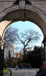 A closer view of the Arch...