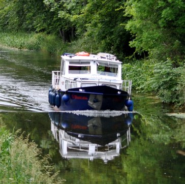 Boat reflection on the Grand Canal