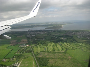Final approach to Dublin International from the Dublin Bay side... Malahide estuary in the distance...