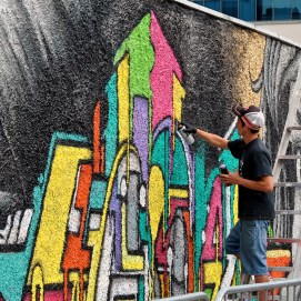 Colourful walls... the right way!!