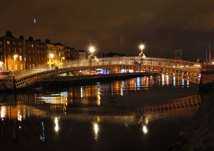 Dublin's Ha'penny Bridge by night... see the Spire's reflection?