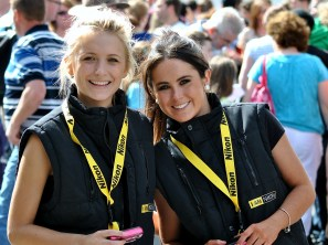 The Nikon lasses hard at pleasing the eye!!