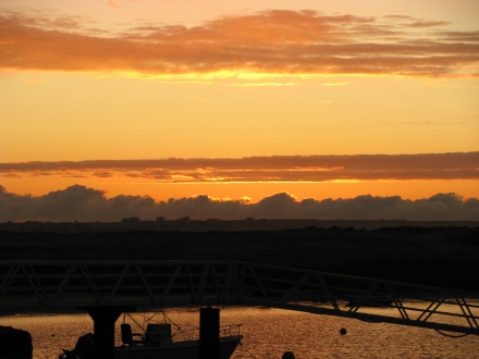 Sunset in the Algarve... can't be beaten for tempting the Euros from our pockets!