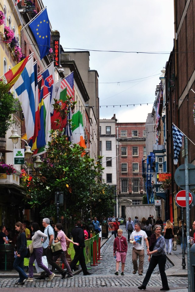 Dublin's Temple Bar is bright... why? To entice the filthy lucre from the pockets of the unwary!