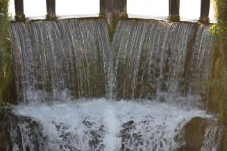 The soothing plunge of water over the lock gate at the 15th Lock on the Royal Canal... can you hear it?