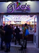 The ice cream shop on Grafton Street... looks inviting, does it not?