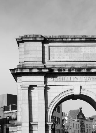 Traitor's Gate? No... Fusiliers Arch on St Stephens Green, Dublin, Ireland
