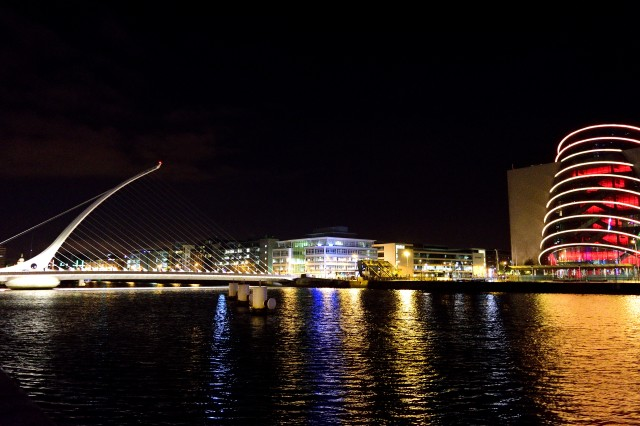 Night grid! Dublin's Samuel Beckett Bridge spans the Liffey taking you across to the Convention Centre...