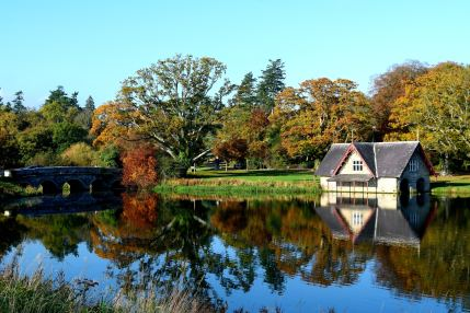 Blue autumn skies… beautiful country vistas!