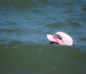 GLW - summer fun moments - hiding behind the wave...