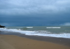 The clouds bring atmosphere... colour and even a touch of drama! Yes... sometime a drop or two...