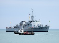 Sea Quest passes Le Orla.. the Irish Naval Vessel... big brother or big sister??